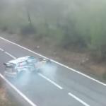La Volkswagen Polo R WRC en travers de la route