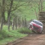 La Peugeot 208 juste après la touchette