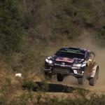 La volkswagen Polo R WRC les 4 roues en l'air !