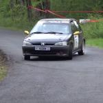 Une Peugeot 106 sur un freinage difficile