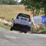 Gros saut d'une Citroën C2 R2 Max