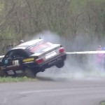 Une BMW en plein crash