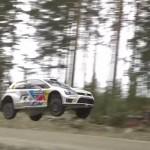 La première version de la Polo R WRC en l'air