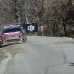 La Citroën C3 WRC en glisse dans une corde