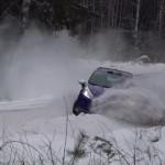La Ford Fiesta R2 dans le mur de neige
