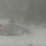 La Ford Fiesta R5 dans un mur de neige