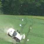La Peugeot 106 pendant son crash