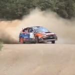 Une Subaru Impreza en pleine glisse