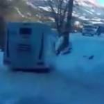 Un camping-car en glisse