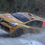 Sortie d'une Renault Clio R3T